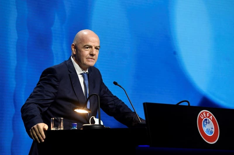 """""""O estás dentro, o estás fuera"""": FIFA advierte sobre consecuencias a clubes de la Superliga"""