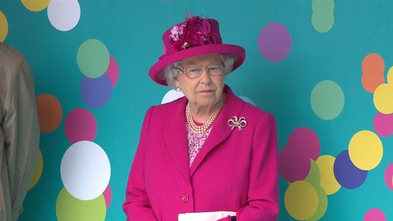 Viuda y en pandemia: El triste cumpleaños 95 de la reina Isabel II