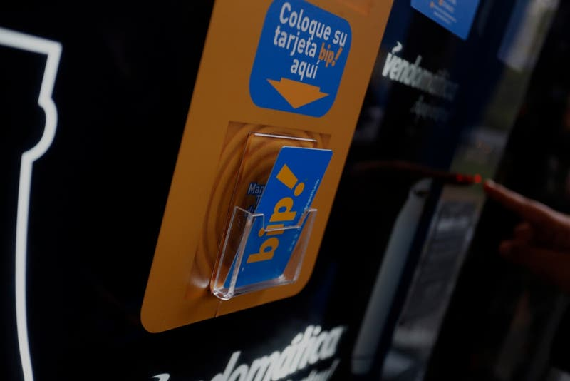 Saldos pertenecen a los usuarios: tarjetas Bip ya no caducarán por no uso después de un año