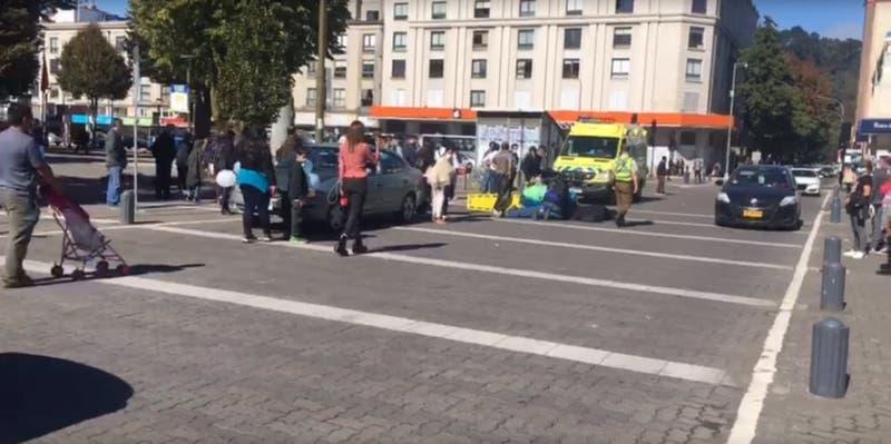 Mujer es atropellada por vehículo que participaba en caravana de Tomás Bravo tras salir del SML