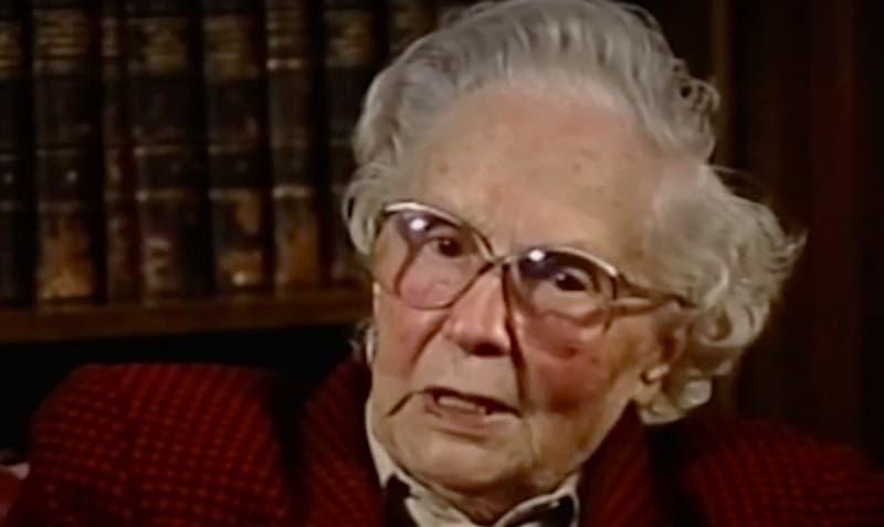 [VIDEO] ¿Quién fue Elena Caffarena?