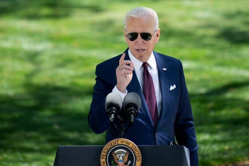 Joe Biden propone elevar impuestos a ricos de EEUU