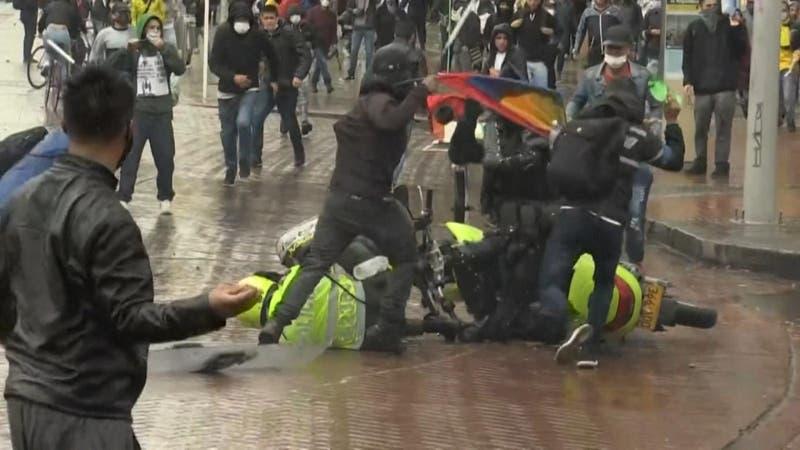 [VIDEO] Protestas pese a la pandemia: Reforma tributaria enfurece a Colombia