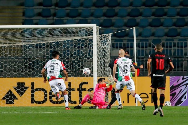 Palestino cae ante Atlético Goianiense por Copa Sudamericana y queda colista del grupo
