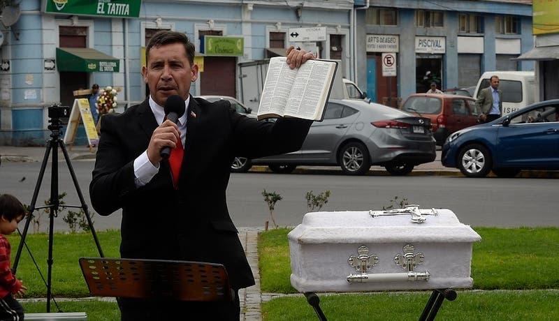Polémica por Pastor Soto pidiendo parte del tercer retiro del 10% para diezmo