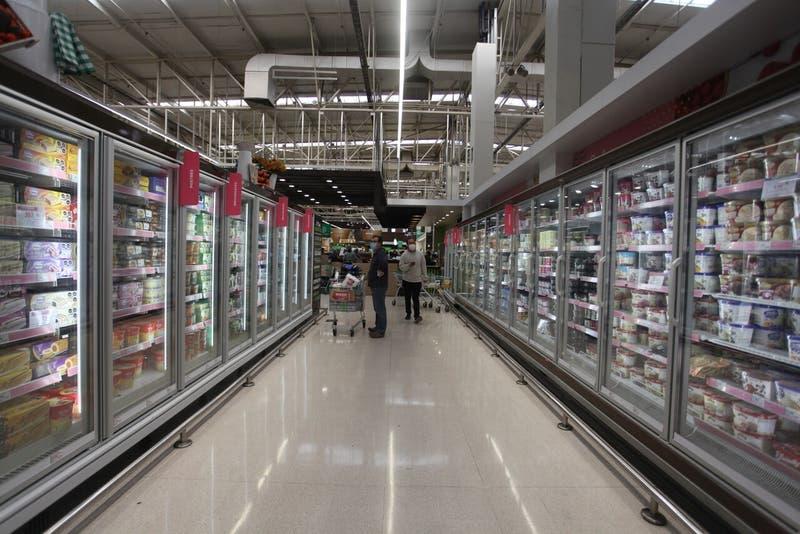 Brote de COVID-19 en supermercado de Osorno deja 30 casos activos a la fecha