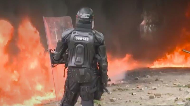 [VIDEO] Colombia: Reversa a Reforma Tributaria tras violentas protestas