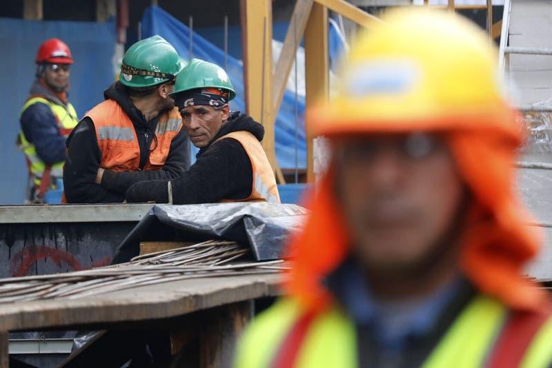 Economía chilena crece mucho más de lo esperado en marzo y tiene su mejor número desde abril de 2018