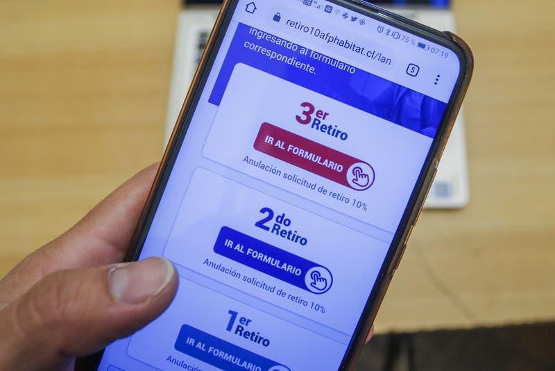 Primer balance de tercer retiro: AFP registran más de medio millón de solicitudes