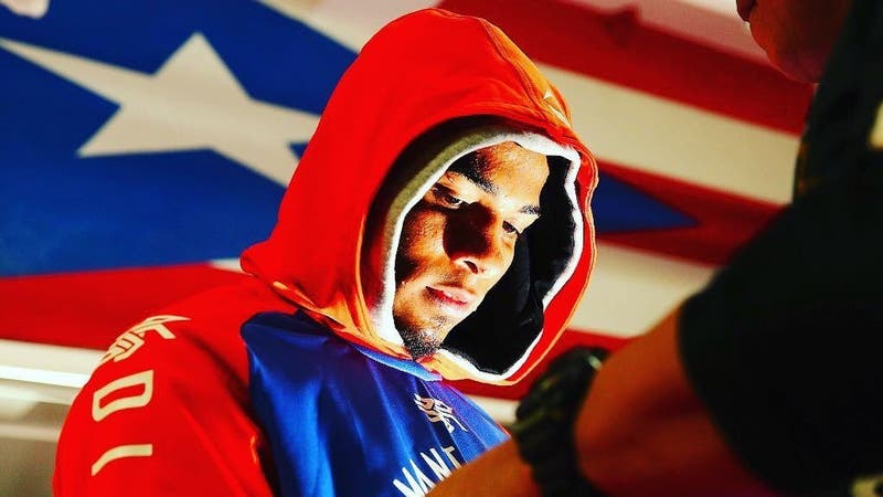Boxeador puertorriqueño se entrega a la justicia tras el asesinato de su amante embarazada