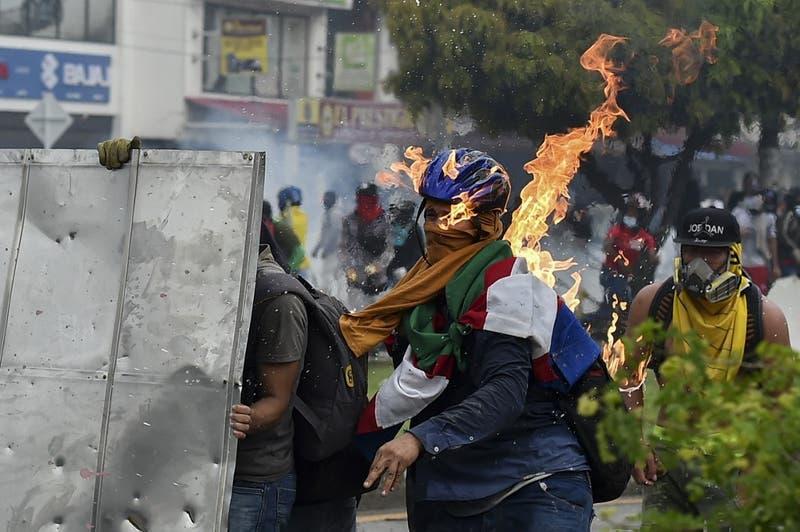 ¿Qué está pasando en Colombia?: las claves para entender las protestas que suman decenas de muertos