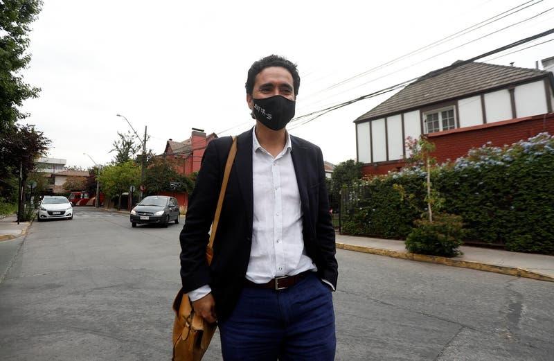 """Briones acusa que hay """"trineos de grupos de presión"""" que evitan discusión por exenciones tributarias"""