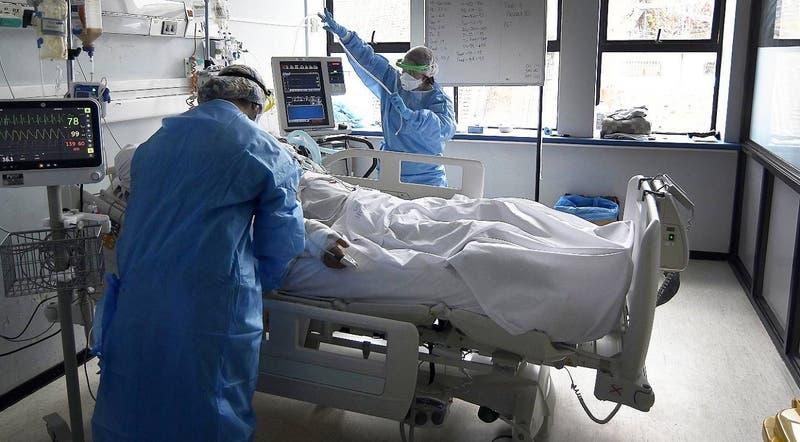 Chile registra 3.791 nuevos contagios de COVID-19 este miércoles: activos bajan a 34 mil