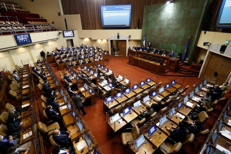 Diputados aprueban proyecto para que el gobierno condene violaciones a los DDHH en Colombia