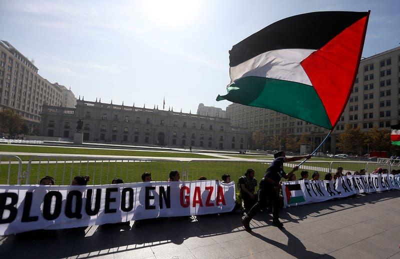 Senado acuerda pedirle al Presidente Piñera que solicite a Israel vacunar a la población palestina