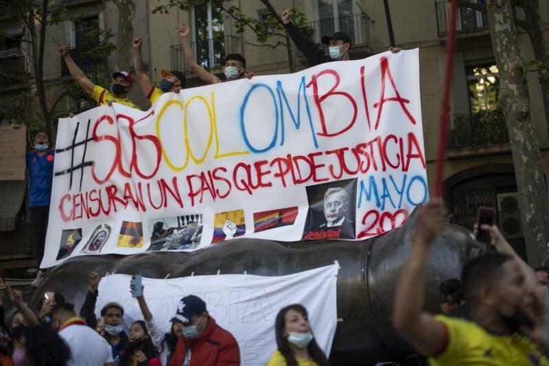 """Gobierno de Chile lamenta pérdida de vidas en Colombia pero """"rechaza el vandalismo"""""""