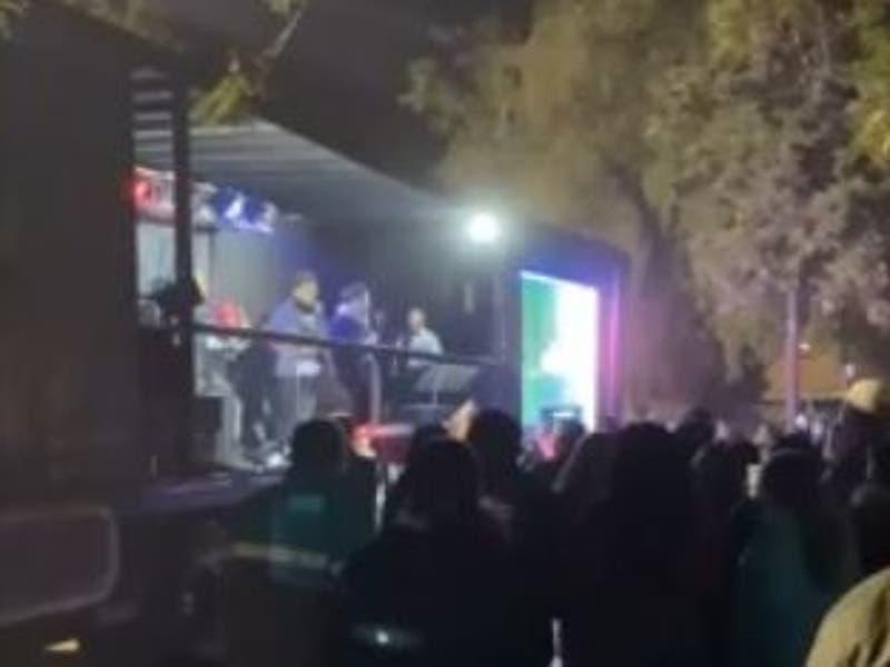 Fiscalizan velorio a cantante tropical en Puente Alto: Hubo show musical y más de 100 personas