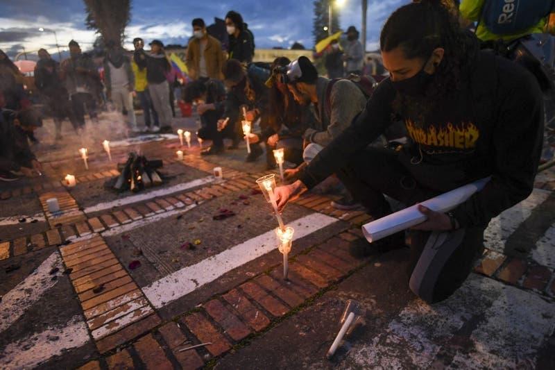 """Gobierno de Colombia rechaza comentarios """"externos"""" sin """"objetividad"""" frente a crisis social"""