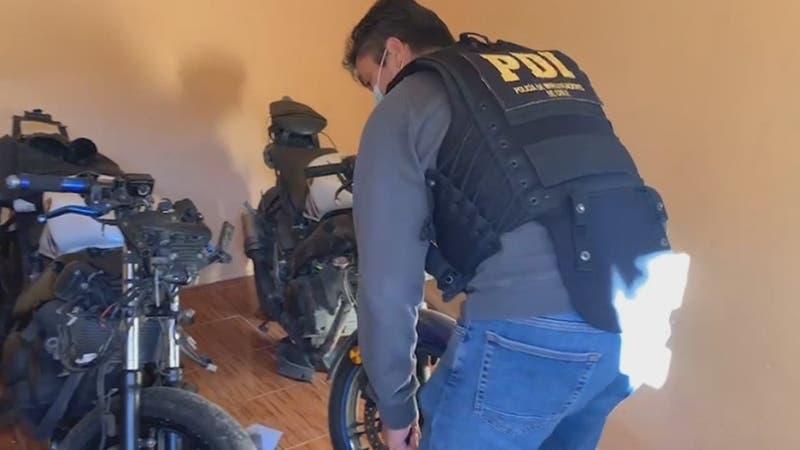 [VIDEO] Tenía taller ilegal de motocicletas y la usaba en ataques a transeúntes