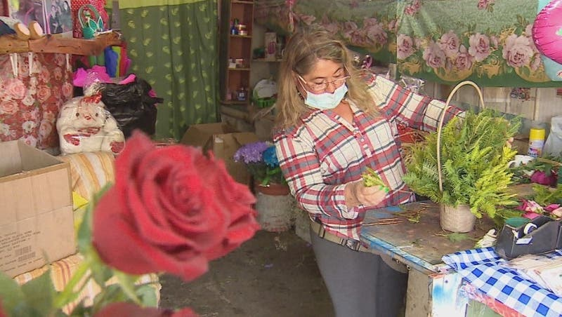 La florista que sueña con renovar su emprendimiento