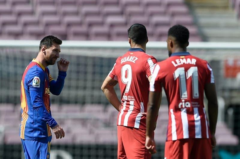 Barcelona y Atlético empatan sin goles y el Madrid tiene la chance de tomar la punta de LaLiga
