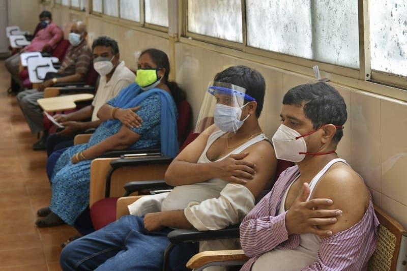 Experta de la OMS cree que la explosión de casos en India se debe a una variante inmune a vacunas