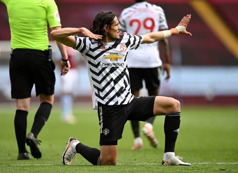 Edinson Cavani amplía su contrato con el Manchester United hasta 2022