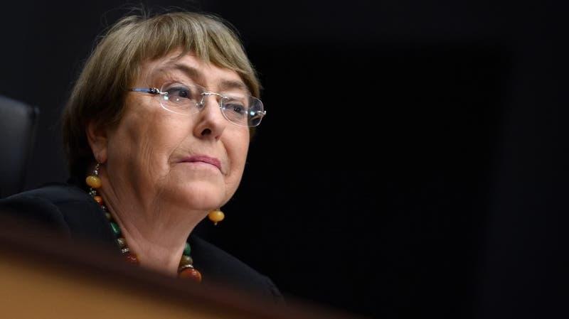 Piden a Bachelet que se cree comisión para investigar violencia policial en Estados Unidos