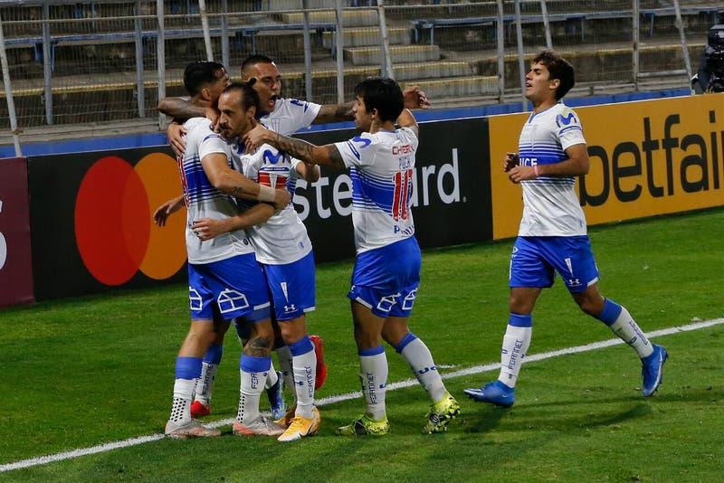 La alineación confirmada de la UC para visitar a Argentinos Juniors por Copa Libertadores