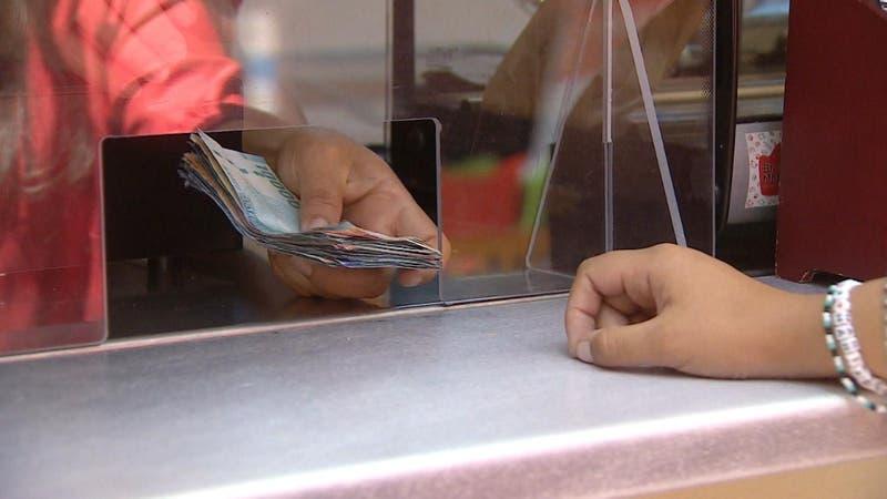 Pagos del bono de 200 mil pesos comenzarían el 24 de mayo