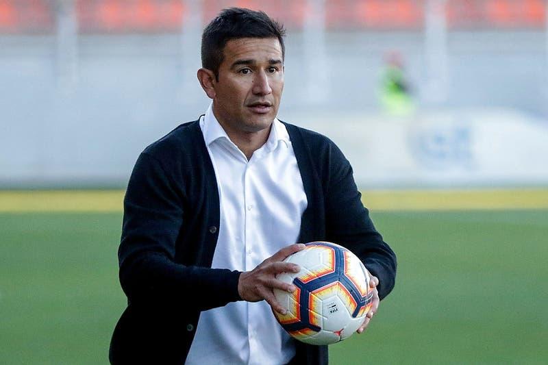 Víctor Rivero es el nuevo técnico de Santiago Wanderers tras la salida de Ronald Fuentes