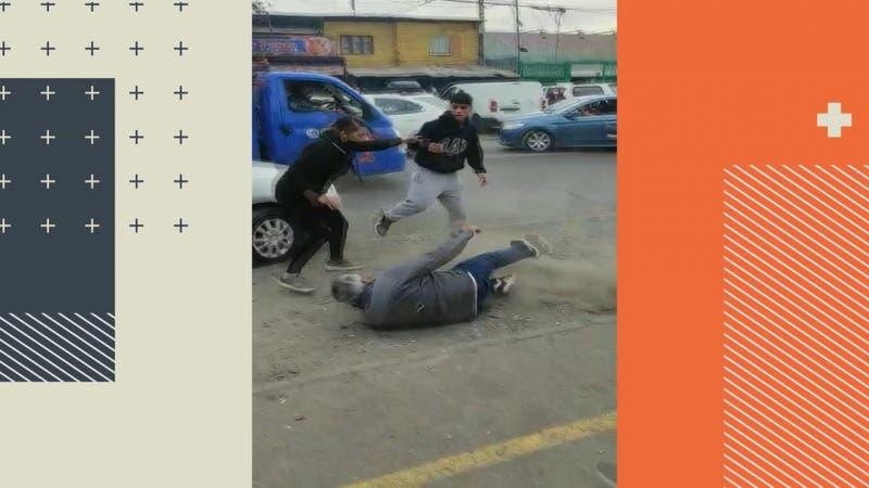 Graban pelea entre adherentes de alcalde de Lo Espejo y candidato que denunció agresión