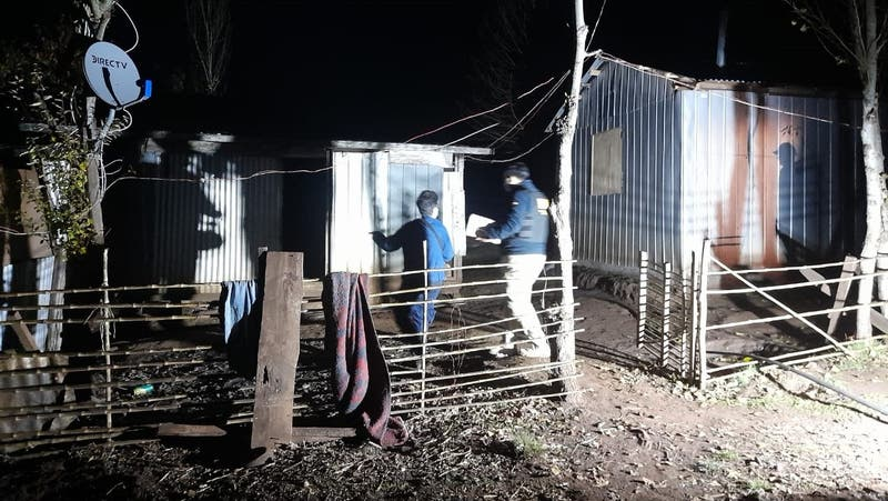 Investigan parricidio en Lautaro: Mujer habría matado su pareja tras agredirlo con un azadón