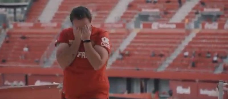 La emoción de volver: hincha del Mallorca llora tras regresar al estadio después de 441 días