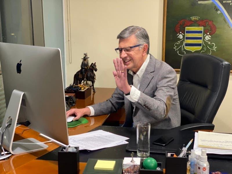 UDI proclama a Joaquín Lavín como su único candidato presidencial