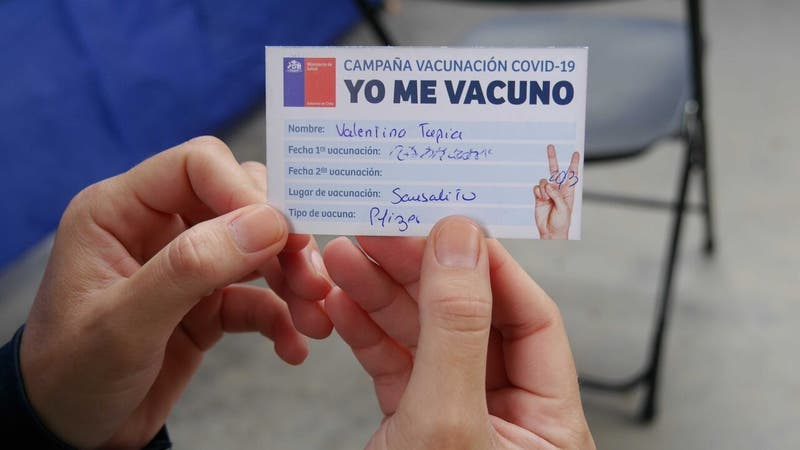 Minsal alista oficialización de libertades para vacunados contra el COVID-19