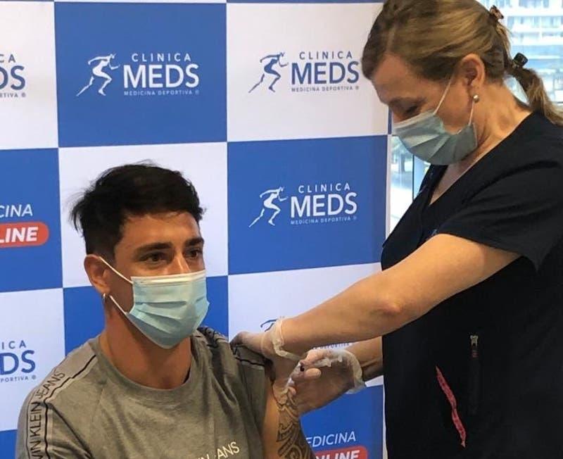 Plantel de Universidad Católica recibe las primeras dosis de la vacuna contra el COVID-19