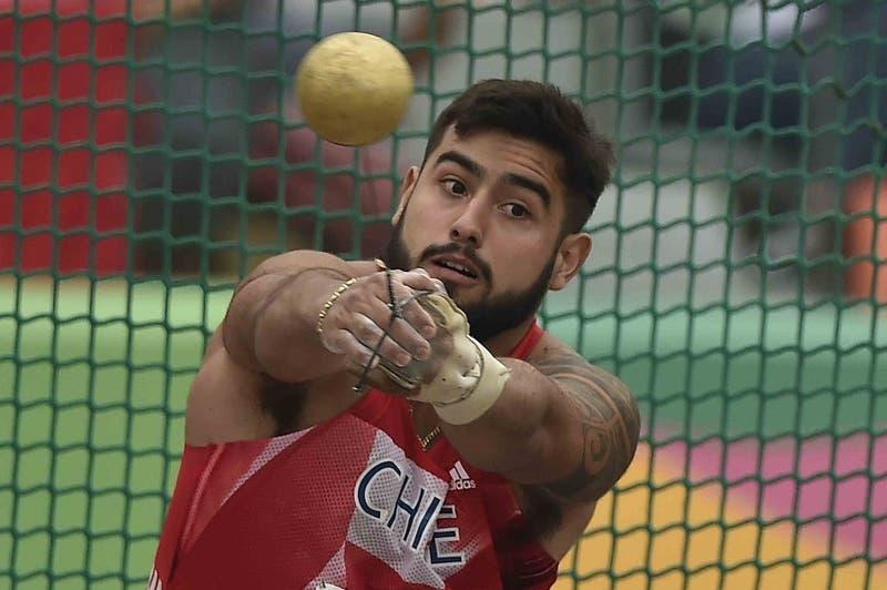 Humberto Mansilla clasifica a Tokio 2020 con nuevo récord nacional y Chile ya suma 43 deportistas