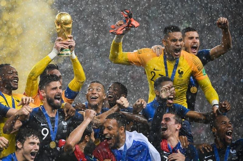 Idea es de ex técnico del Arsenal: FIFA se abre a estudiar que mundiales se realicen cada dos años