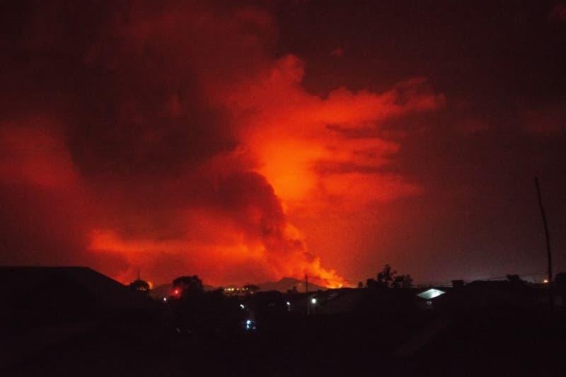 Ordenan evacuar la ciudad de Goma por erupción de volcán en República Democrática del Congo