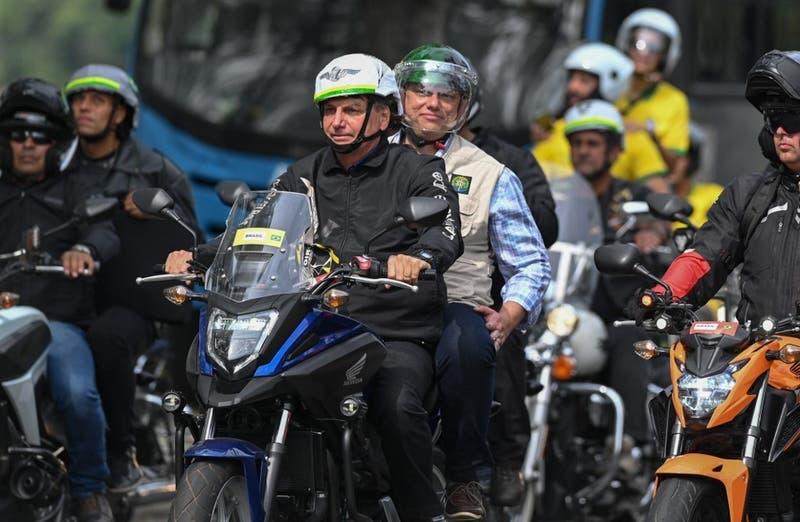[FOTOS] Bolsonaro encabeza una manifestación de motociclistas en Brasil
