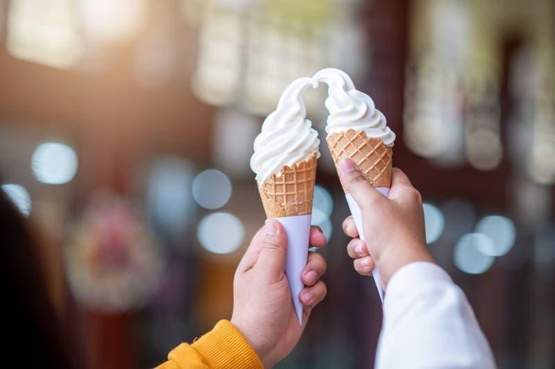 ¿Adiós a chicles y helado ?: Unión Europea podría prohibir el uso de dióxido de titanio en alimentos