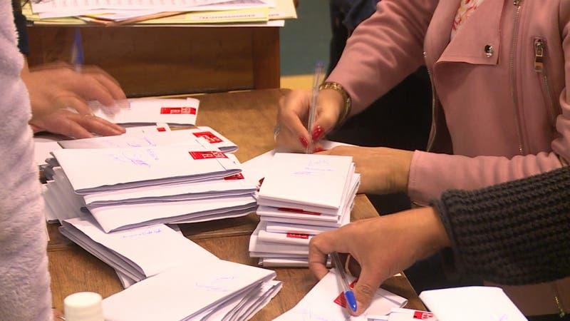 [VIDEO] Candidatos piden recontar votos por alcaldía de Arauco