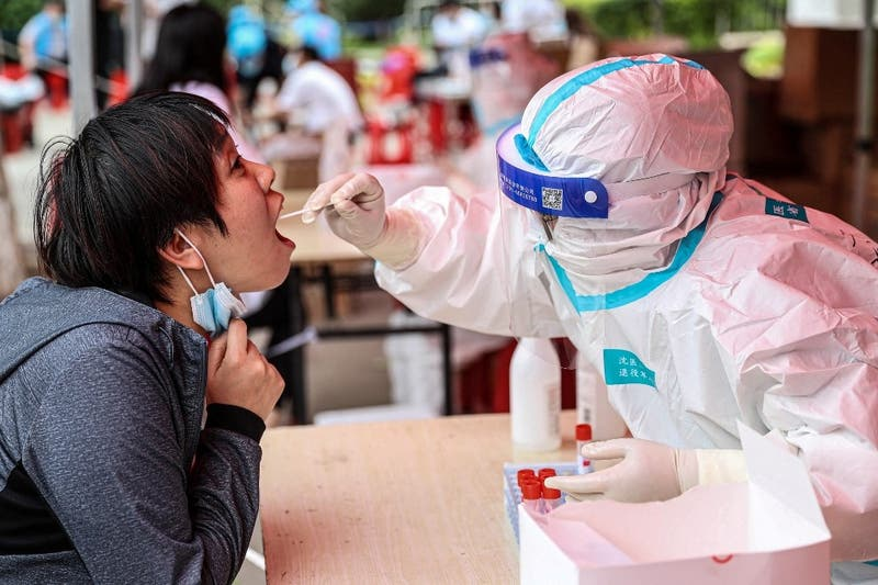 China desmiente que tres de sus investigadores contrajeron COVID-19 a fines de 2019