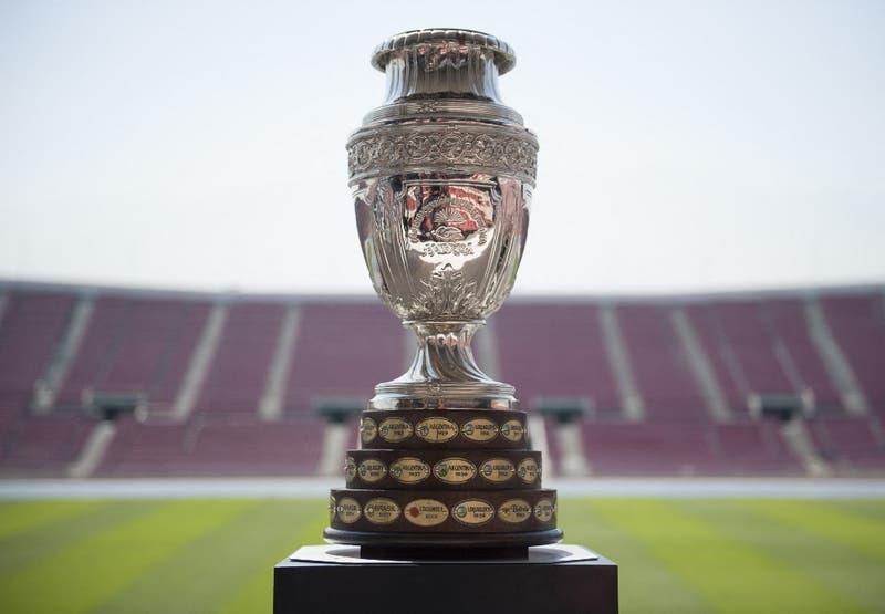 """Copa América 2021: Gobierno recuerda que en Chile """"el fútbol funciona sin público"""""""