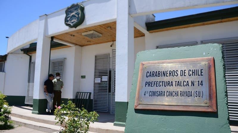 Dictan prisión preventiva para dos hermanos acusados de enviar bomba a comisaría en Talca
