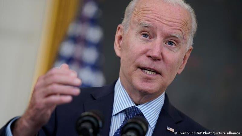 Biden pide informe de inteligencia sobre origen del SARS-CoV-2 y da 90 días de plazo