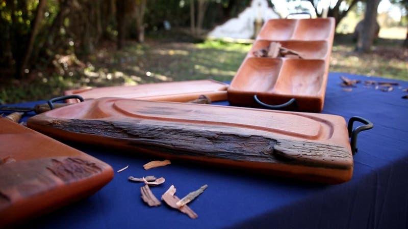 #CómoLoHizo: Recicla maderas de una viña para crear tablas artesanales