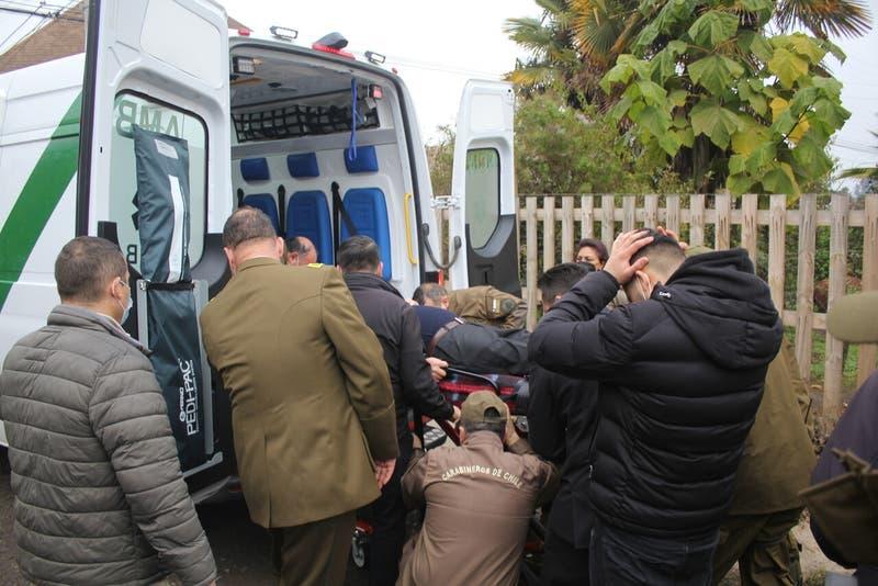 Padre de carabinero asesinado en Collipulli se descompensó en funeral del uniformado