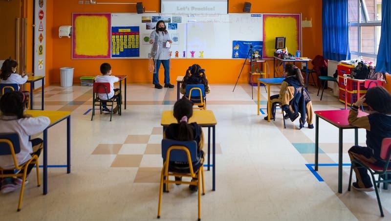 Gobierno evalúa impulsar obligatoriedad de retorno a clases presenciales a partir de julio